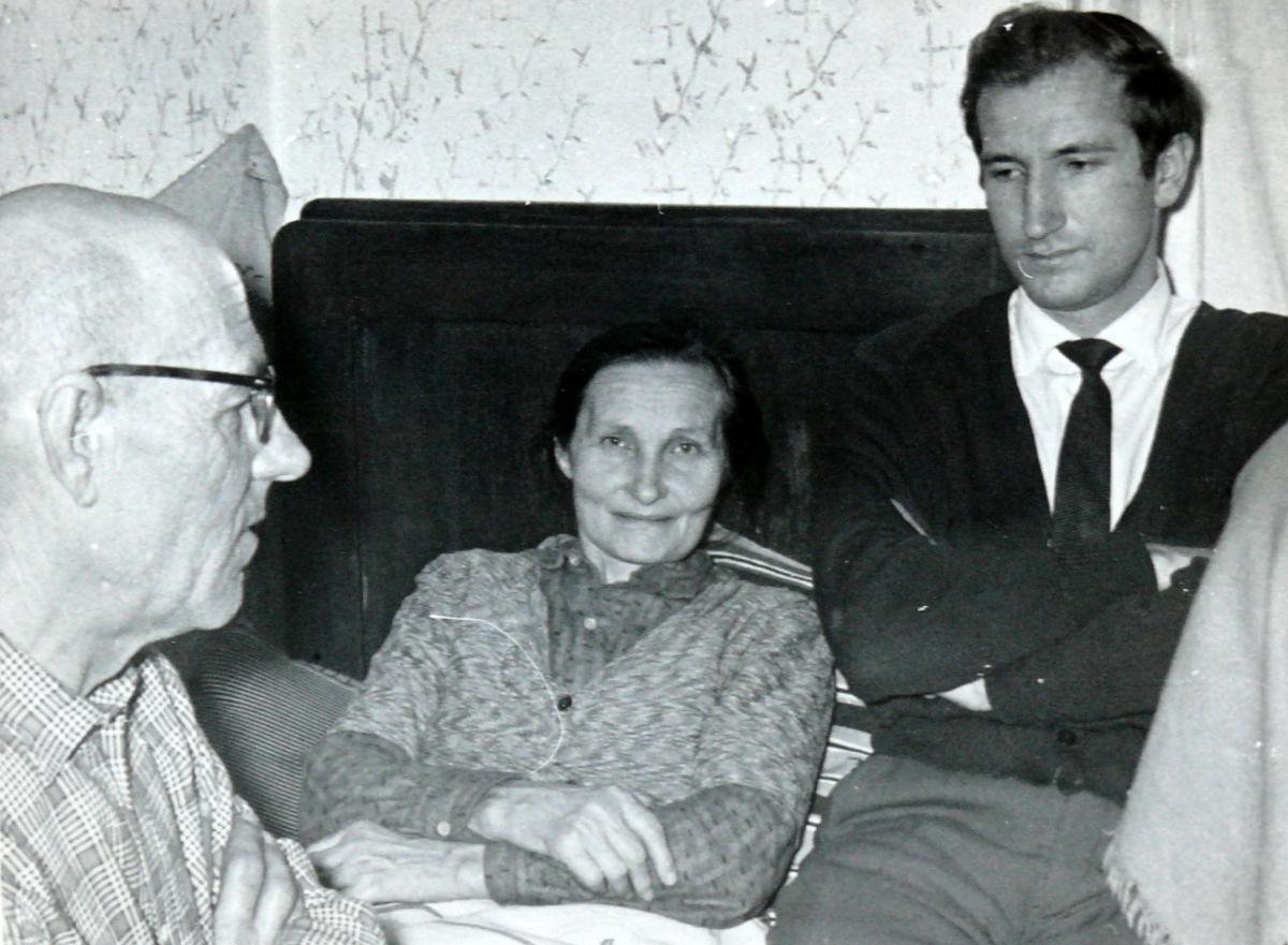 Su tėvais Vladu ir Ona Visockais