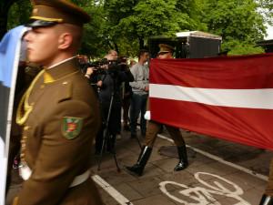 Latvijos vėliava. Vytauto Visocko (Slaptai.lt) nuotr.