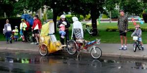Važiuoja vaikai (3)