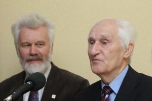 Šapalas ir Albinas Vaičiūnas